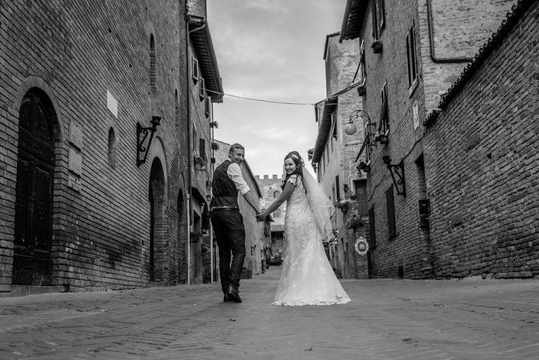 Becky & AlexIn Tuscany Italy 1