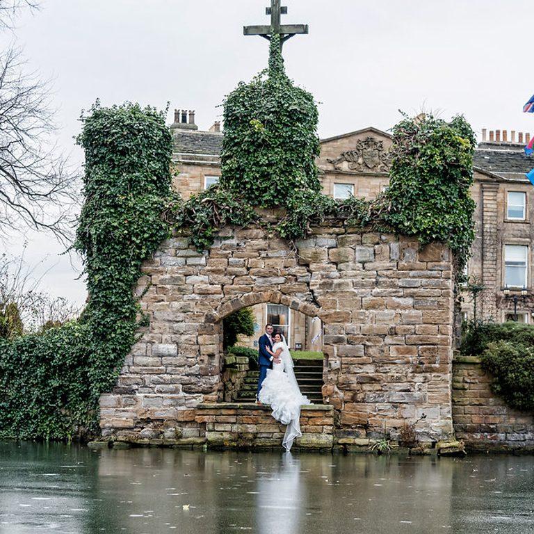 lisa-marie-ben-waterton-park-wedding