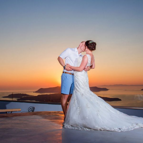 Santorini Sunset wedding photographer